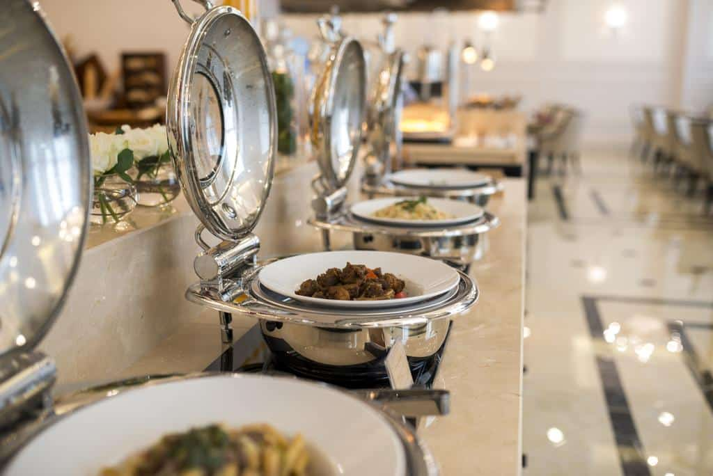 Vinpearl Phú Quốc Review - Buufet đặc sắc tại khách sạn.