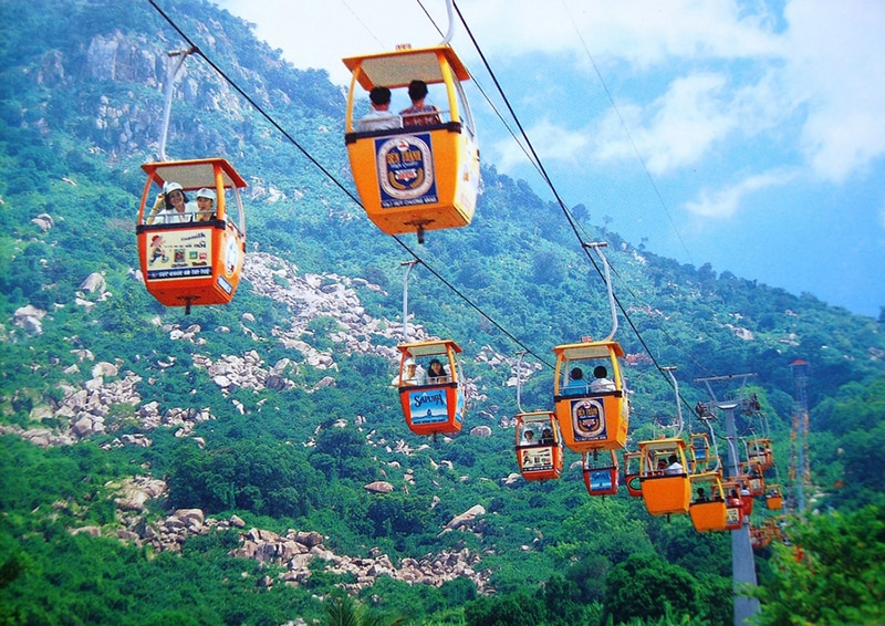 Nhìn ngắm Nha Trang bằng cáp treo khi đến khu du lịch vinpearl nha trang