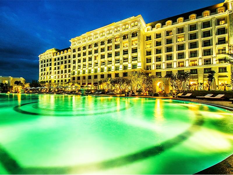 Thiết kế kiến trúc kiểu Âu cổ điển tuyệt đẹp của Golf & Resort Vinpearl Phú Quốc