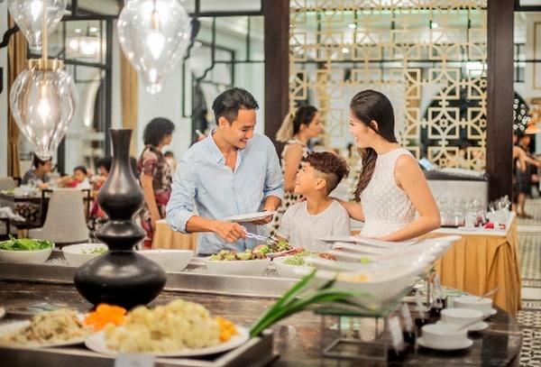Hệ thống nhà hàng sang trọng trong khách sạn Vinpearl Quảng Bình