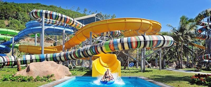 Một trong những trò chơi rất thú vị tại công viên nước - giới thiệu về Vinpearl Land Nha Trang