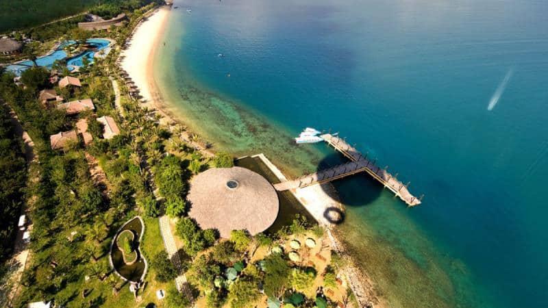 Đảo Hòn Tằm từ trên cao - những địa điểm du lịch ở nha trang