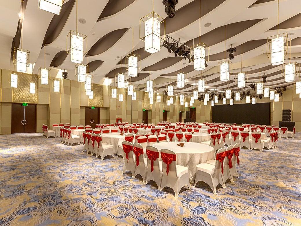 khách sạn Vincom Huế