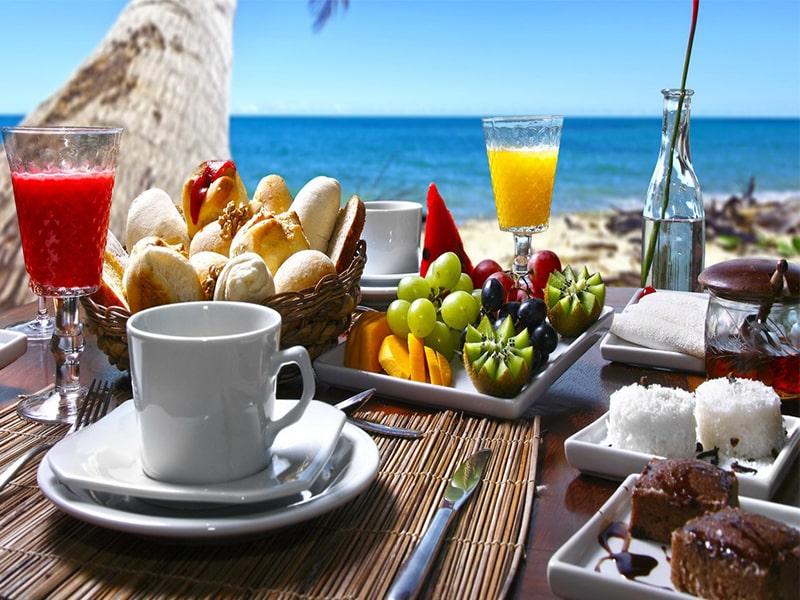 Đại tiệc buffet biển đang chờ đón bạn tại Vinpearl Phú Quốc Villa 4 phòng ngủ.