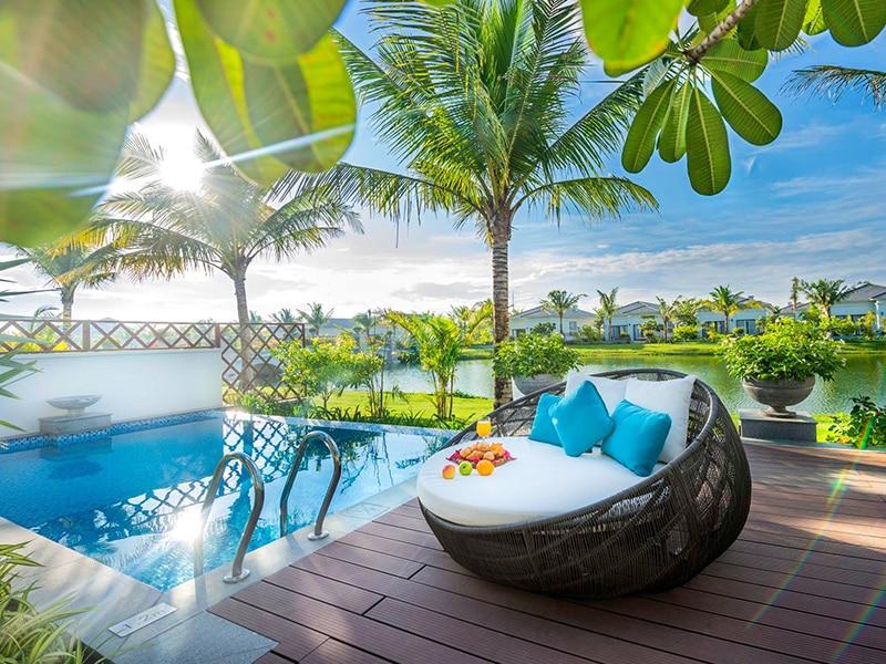 Thiết kế không gian gần gủi với thiên nhiên, và tận dụng các góc vew tuyệt đẹp tại Vinpearl Phú Quốc Villa 4 phòng ngủ.