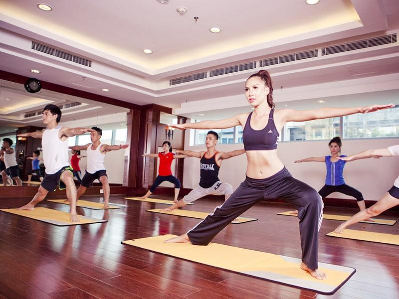 Phòng tập gym & yoga Vincharm cũng được miễn phí khi bạn lưu trú tại Vinpearl Phú Quốc Villa 4 phòng ngủ.