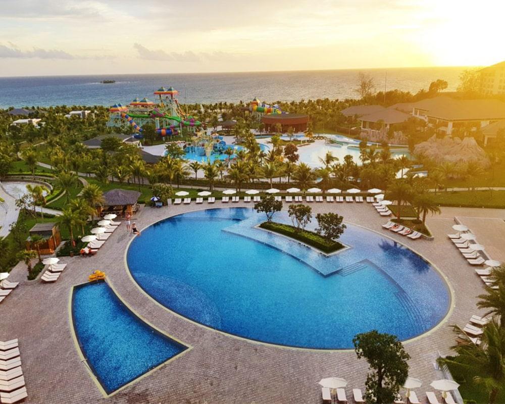 Tận hưởng những phút giây thư thái tại hồ vơi Vinpearl Phú Quốc Villa